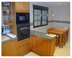 Muebles de cocina madera roble haya arce cerezo etc - Cocinas modernas de madera ...
